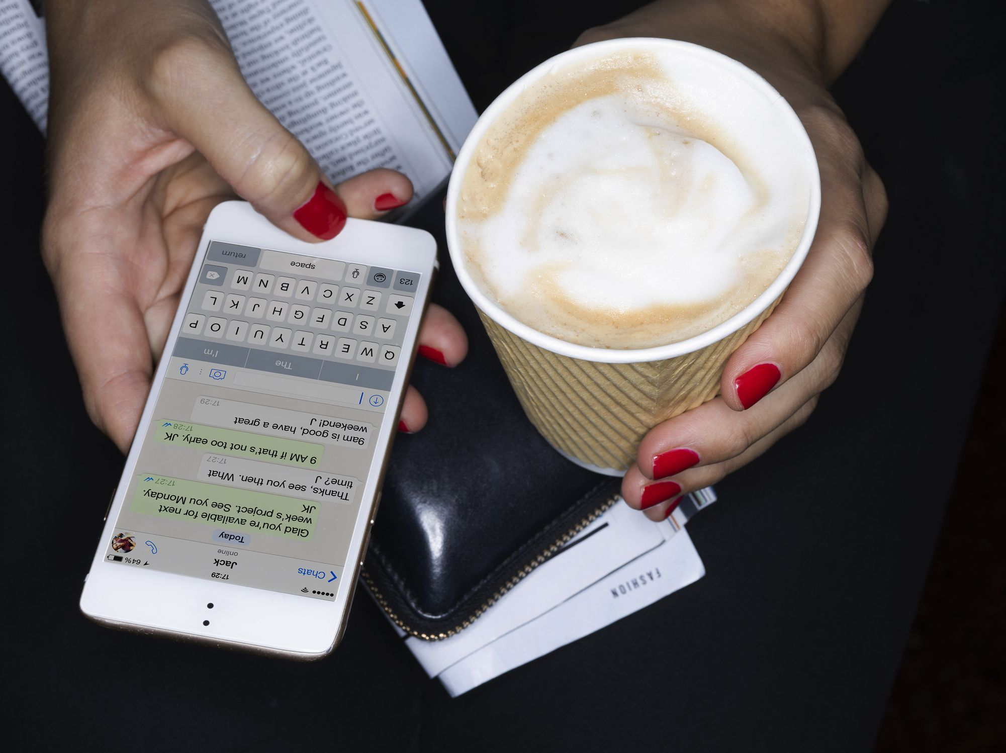 Different methods used to spy on text messages for free online