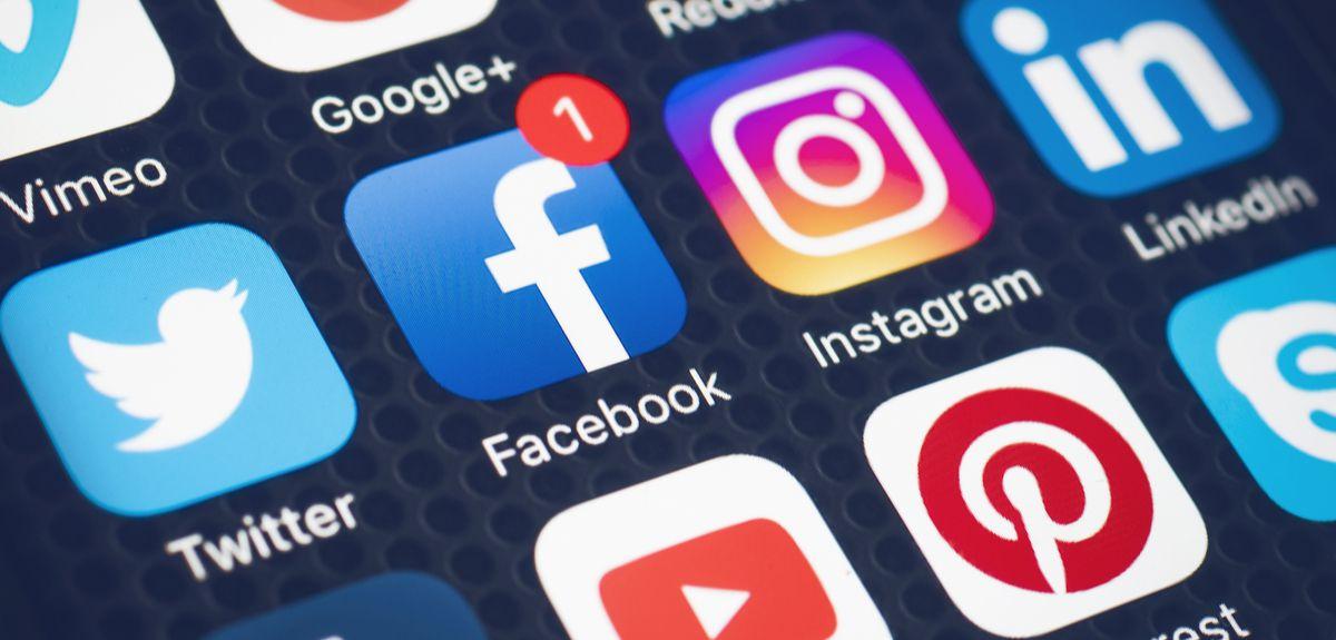 Effective 6 methods to hack a target Facebook account